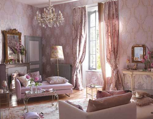 10 divine damask wallpapers for every room for Damask wallpaper living room ideas