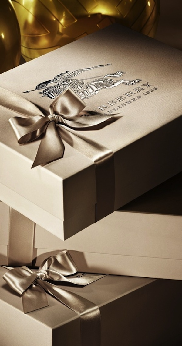 15 Ideas For Christmas Gift Wrapping Artisan Crafted
