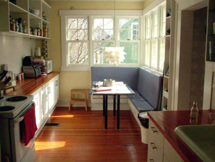 20 Small Eat-In Kitchen Ideas & Tips + Dining Chairs