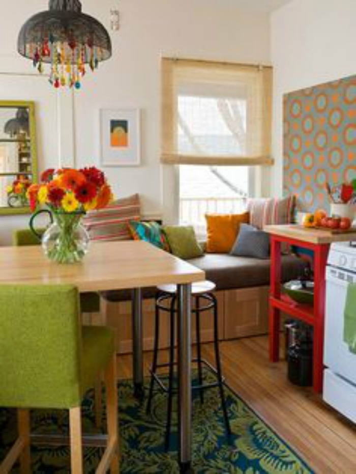 20 small eat in kitchen ideas tips dining chairs for Tiny dining area ideas
