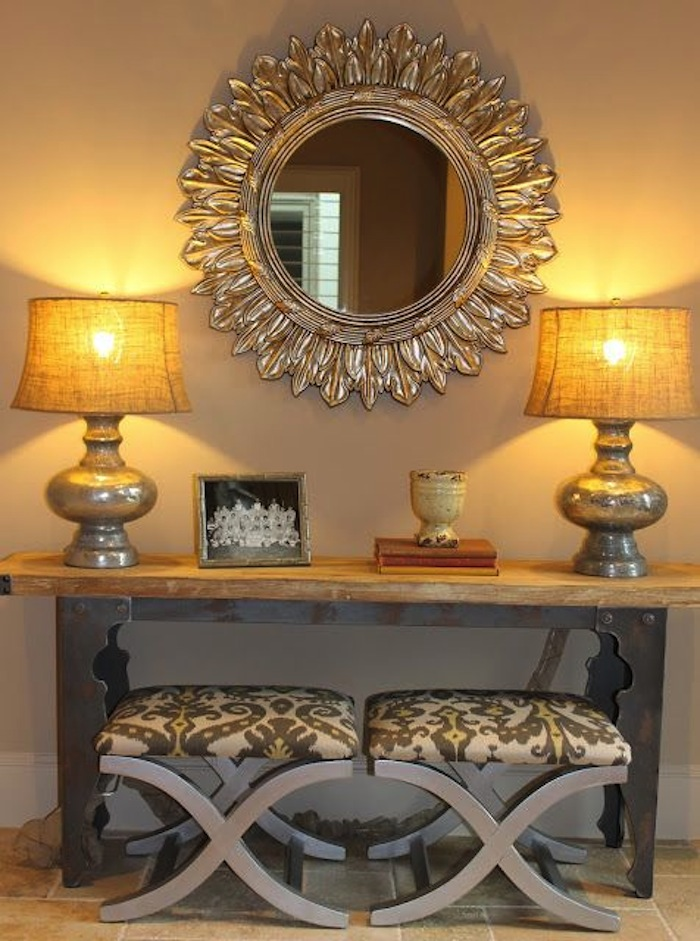 Foyer Console Quest : Create impact with console tables in the entry