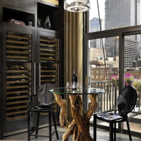 Bachelor's Pad Wine Bar