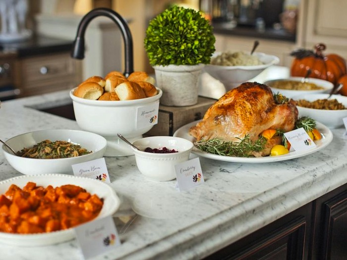 20 Thanksgiving Dining Table Setting Ideas