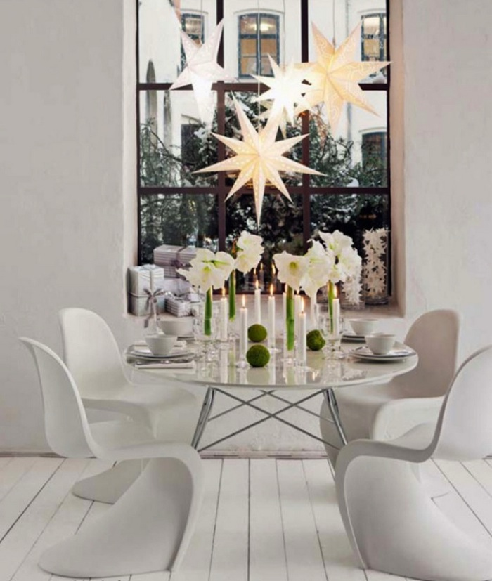 10 modern christmas decorating ideas for Modern christmas decor
