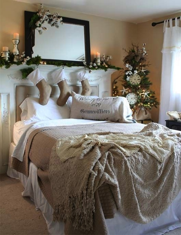 10 country christmas decorating ideas artisan crafted for Bedding ideas 2016