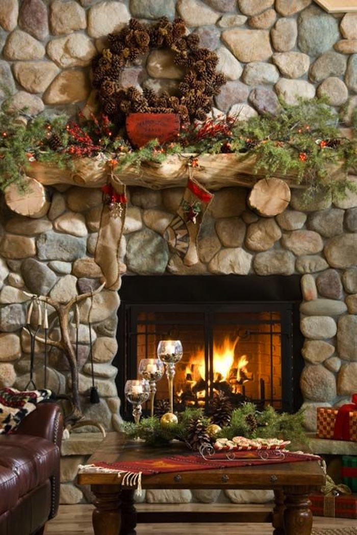 10 country christmas decorating ideas artisan crafted for Christmas home decorations pinterest