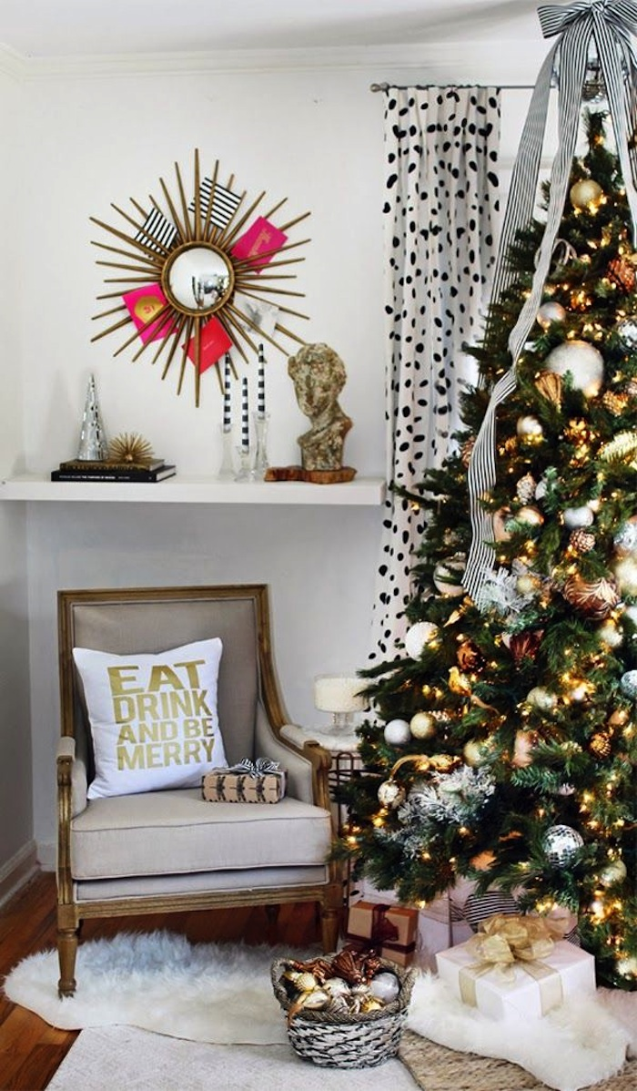 10 modern christmas decorating ideas for Modern christmas decorations online