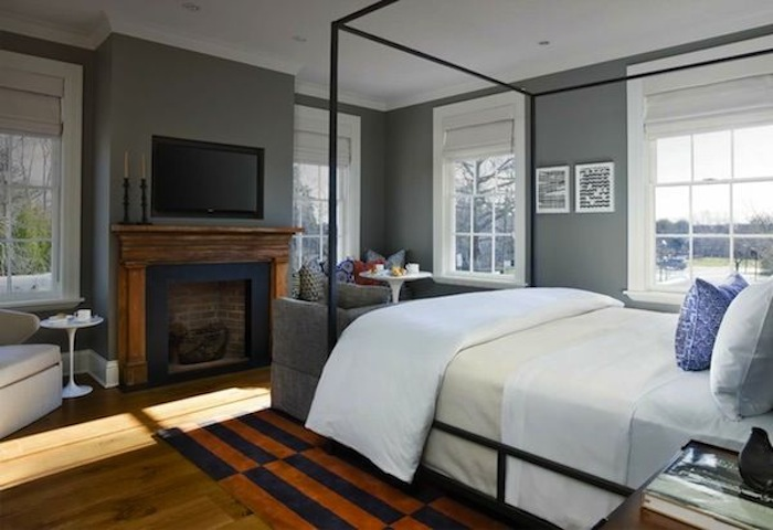 Iron Bed Modern Space