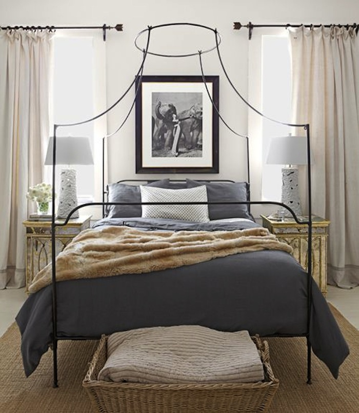 Delicieux Charming Iron Beds