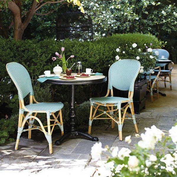 Lovely Woven Bistro Chairs Are A Perfect Match For Glossy Black Iron Tables.  Are We Dining In Paris? Outdoor Bistro Chairs