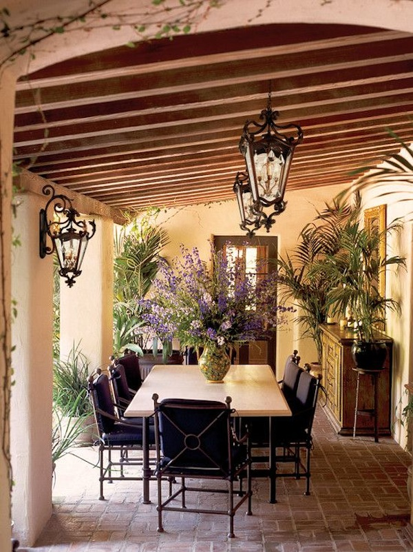 10 Elegantly Irresistible Outdoor Dining Rooms Artisan